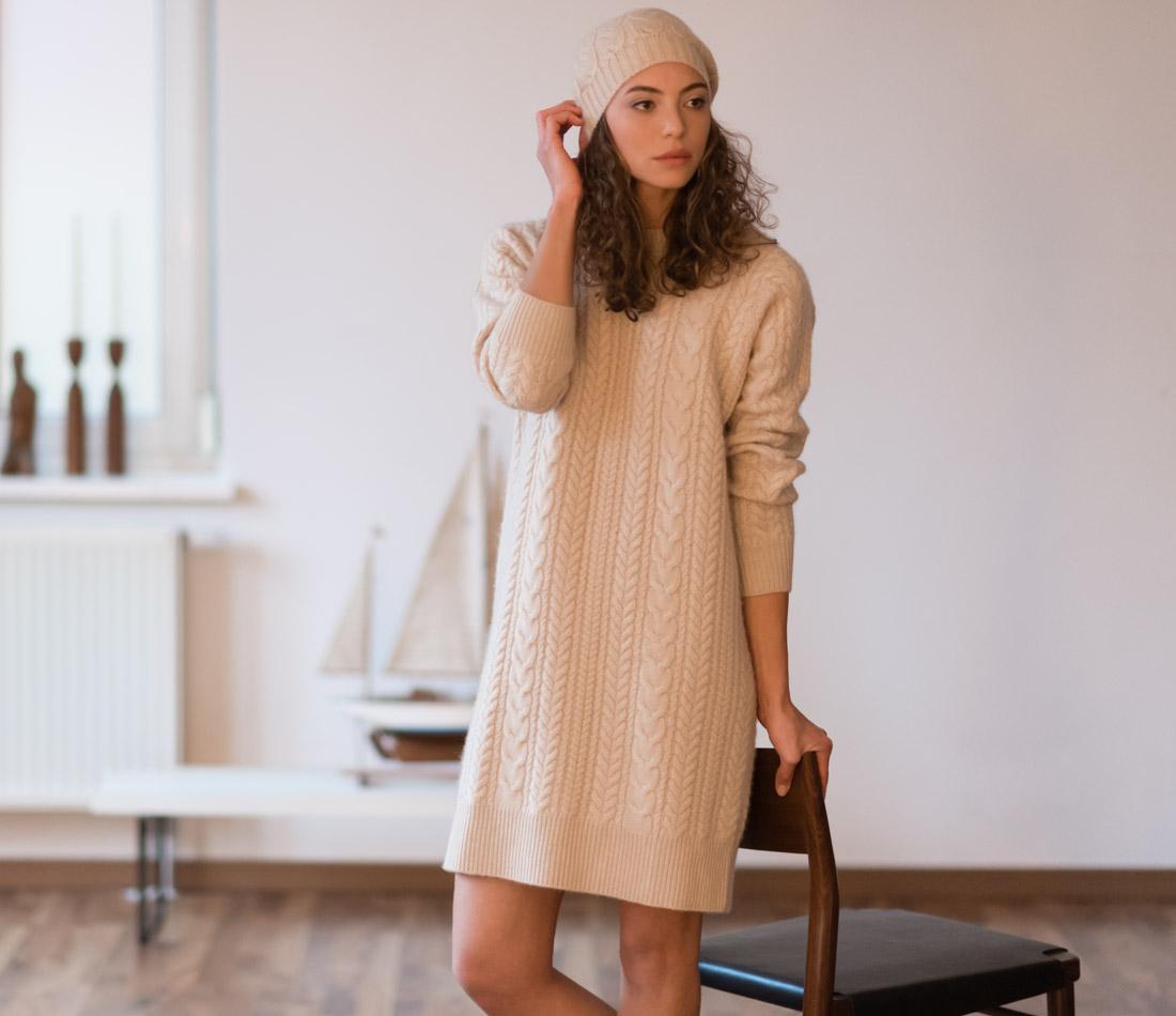 Mit Zopfmuster: Beanie & Strick-Kleid – 100% rein mongolische Kaschmirwolle